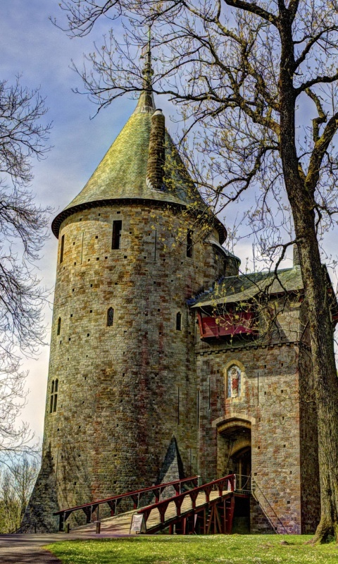 Screenshot №1 pro téma Castell Coch in South Wales 480x800