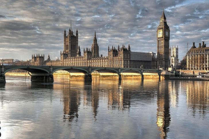 Das Palace of Westminster in London Wallpaper