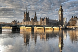 Palace of Westminster in London Wallpaper for 220x176