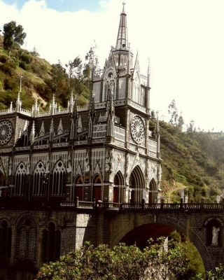 Free Las Lajas Sanctuary Church Colombia Picture for Nokia Asha 305