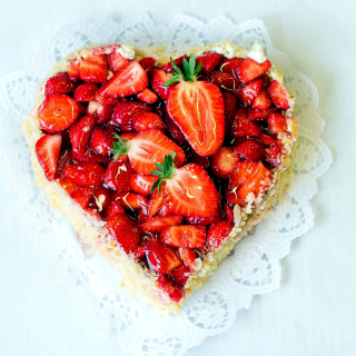 Heart Cake with strawberries - Obrázkek zdarma pro iPad mini 2