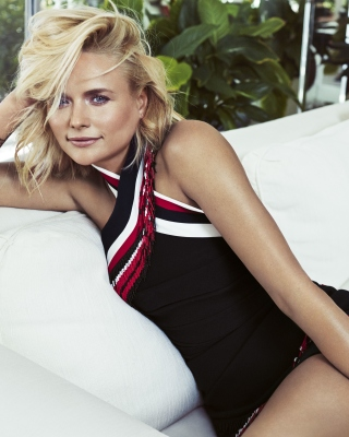Miranda Lambert Wallpaper for Nokia Asha 306