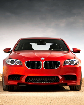 BMW M5 Wallpaper for iPhone 4S