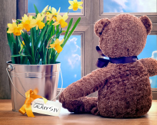 Teddy Bear with Bouquet para 220x176