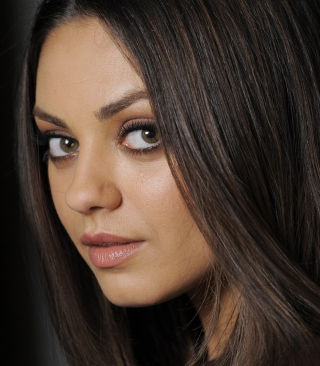 Mila Kunis Background for Nokia Lumia 610