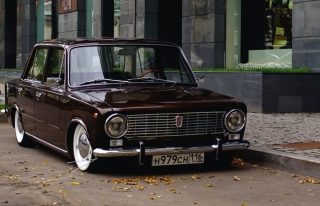 Kostenloses Retro Car VAZ 2101 Wallpaper für Samsung Galaxy Ace 3