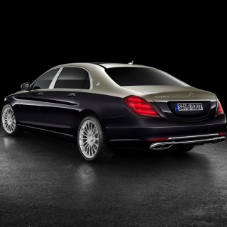 Mercedes Maybach S560 2018 sfondi gratuiti per iPad mini