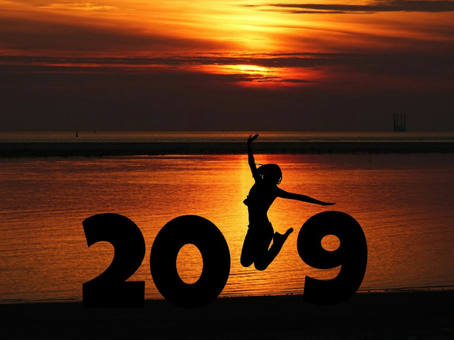 2019 New Year Sunset wallpaper 640x480