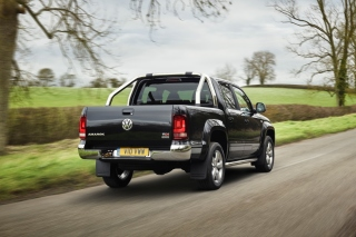 Volkswagen Amarok Pickup Truck Background for Android, iPhone and iPad