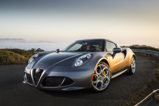 Alfa Romeo 4C sfondi gratuiti per cellulari Android, iPhone, iPad e desktop