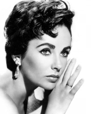 Free Elizabeth Taylor Picture for 240x320