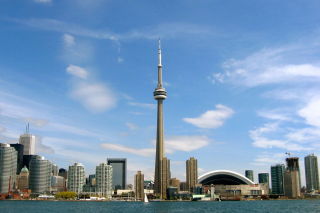 CN Tower in Toronto, Ontario, Canada Background for Android 480x800