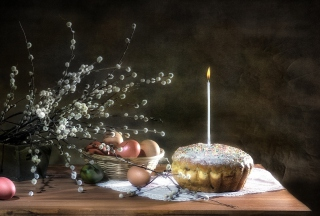 Easter Cake With Candle sfondi gratuiti per 1366x768