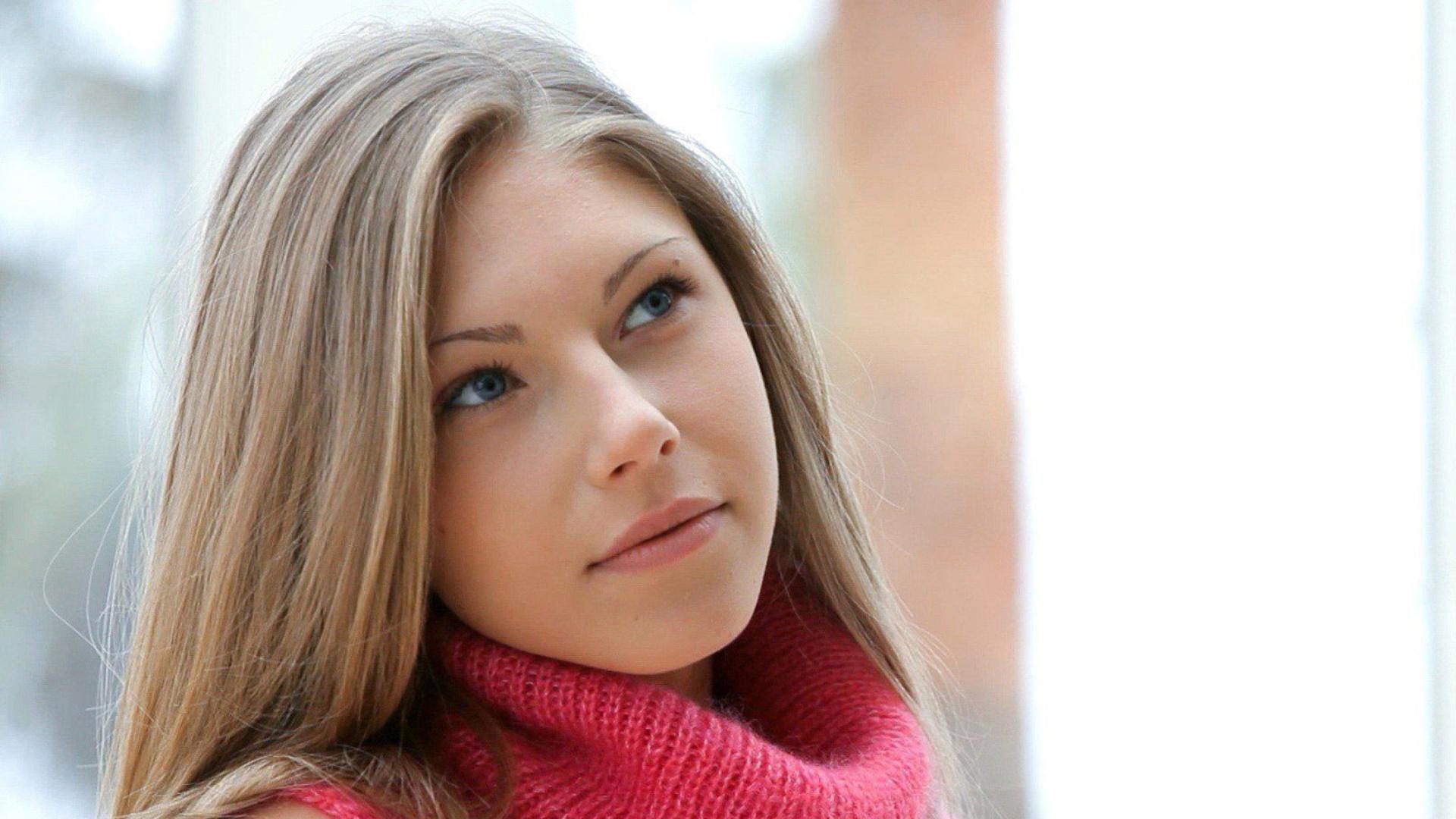 соло красивых русских женщин было всего
