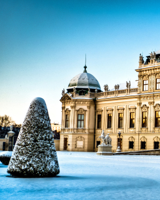 Free Belvedere Baroque Palace in Vienna Picture for 240x320