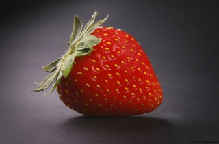 Strawberry Background for Android, iPhone and iPad