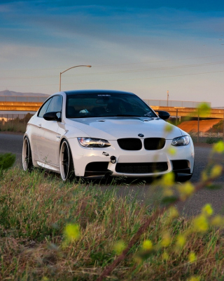 BMW M3 with Wheels 19 - Fondos de pantalla gratis para HTC Titan