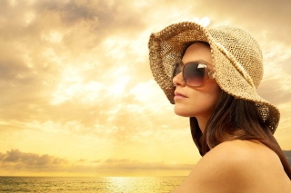 Romantic Girl near Sea Picture for Android, iPhone and iPad
