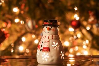 Christmas Snowman Candle Background for Android, iPhone and iPad