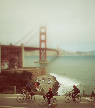 Kostenloses Biking In San Francisco Wallpaper für Nokia X2