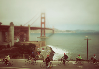 Biking In San Francisco Background for Android, iPhone and iPad