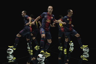 Nike Football Uniform Picture for Android, iPhone and iPad