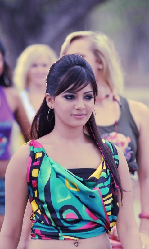 Pics of Samantha Prabhu per Nokia Lumia 800