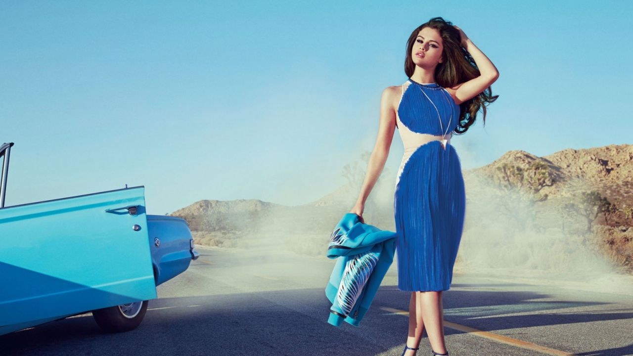 Selena Gomez Glamorous Blue Dress