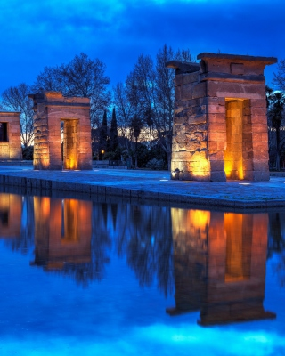 Debod Temple - Madrid Background for HTC Titan
