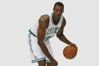 Jason Collins NBA Player in Boston Celtics - Obrázkek zdarma pro 480x360