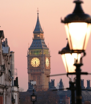 Beautiful London's Big Ben Background for 240x320