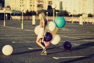 Free Happy Girl With Colorful Balloons Picture for Android, iPhone and iPad