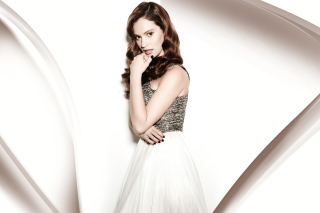Lily James from Cinderella Film sfondi gratuiti per cellulari Android, iPhone, iPad e desktop