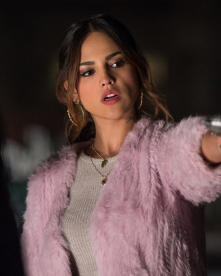 Baby Driver film with Eiza Gonzalez Wallpaper for Nokia C1-01