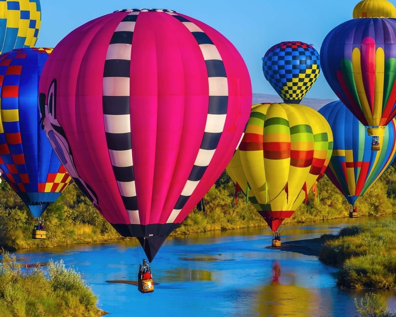 Sfondi Colorful Air Balloons 1280x1024