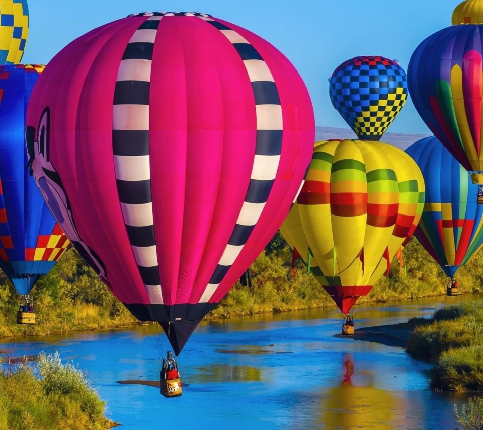 Colorful Air Balloons wallpaper 960x854