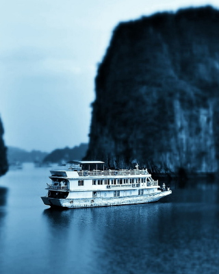 Ha Long Bay in Vietnam Picture for Nokia Asha 306