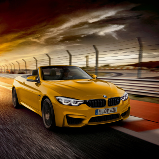 BMW M4 Convertible sfondi gratuiti per iPad mini
