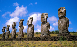 Free Easter Island Heads Picture for Android, iPhone and iPad