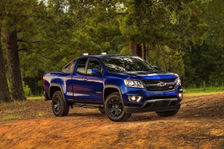 Chevrolet Colorado Z71 2016 Background for Android, iPhone and iPad
