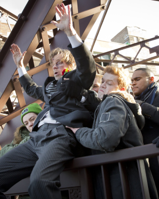 Shameless TV Series Picture for HTC Titan