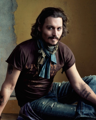 Good Looking Johnny Depp sfondi gratuiti per Nokia C2-02