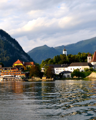 Salzkammergut Background for 240x320