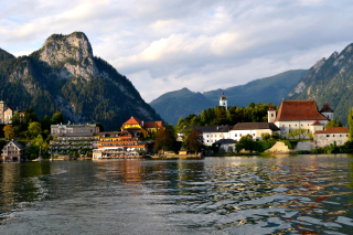 Salzkammergut Background for Android, iPhone and iPad