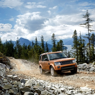 Kostenloses Land Rover Discovery Wallpaper für iPad Air