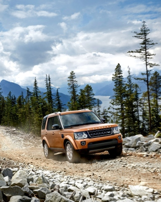 Land Rover Discovery Background for Nokia Asha 308