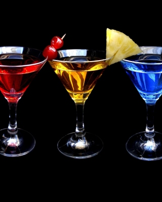 Dry Martini Cocktails Background for Nokia C5-06