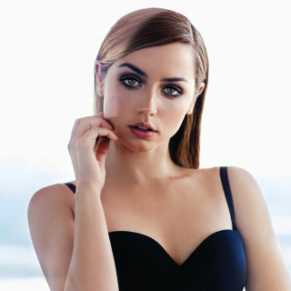 Ana de Armas Wallpaper for iPad 3