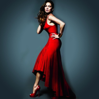 J Lo In Gorgeous Red Dress sfondi gratuiti per iPad mini