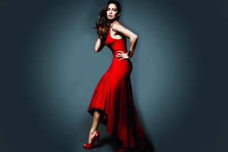 J Lo In Gorgeous Red Dress - Obrázkek zdarma pro Samsung Galaxy Grand 2
